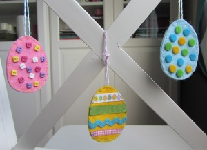 easter-felt-ornaments-cover2