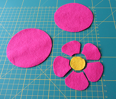 Felt flower coasters 1