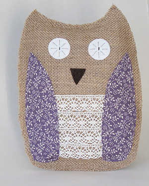Burlap owl cushion