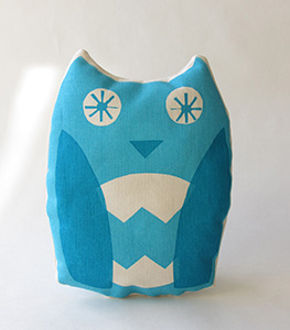 Printed owl cushion
