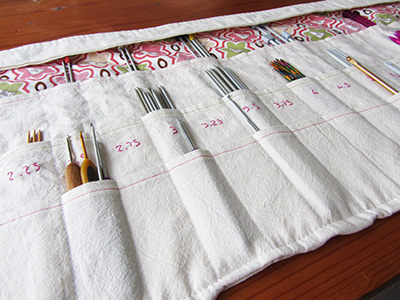 straight-needle-organiser-cover