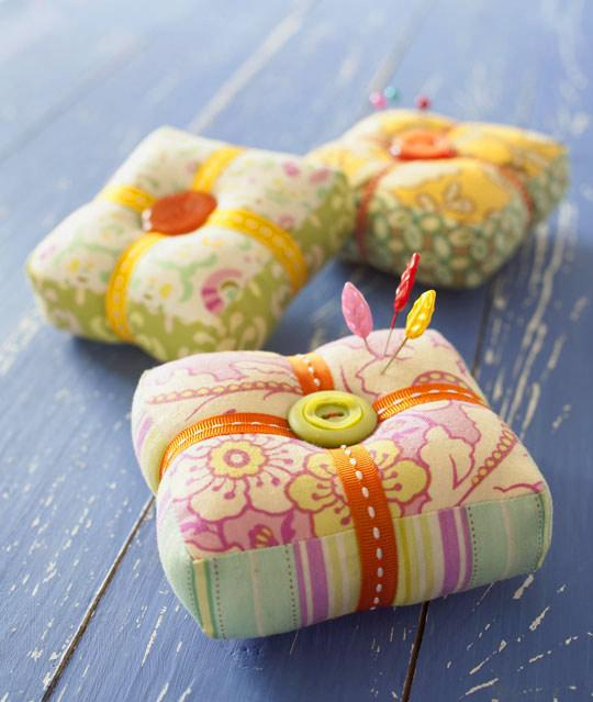 pin-cushion-round-up-square