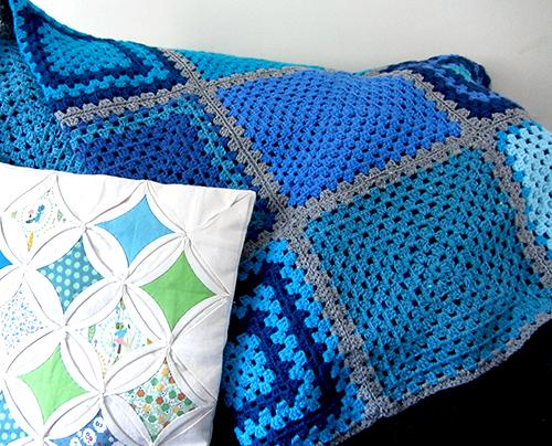 granny-square-blue-blanket