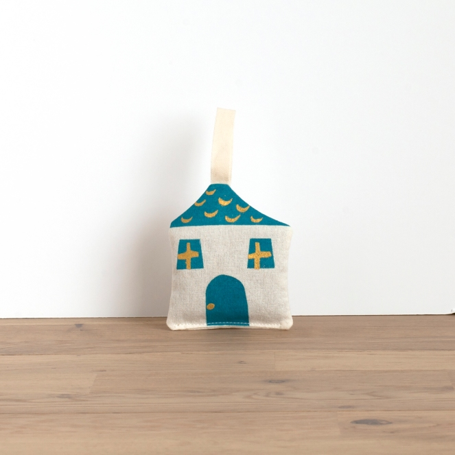 lavender-sachet-cottage-blue1
